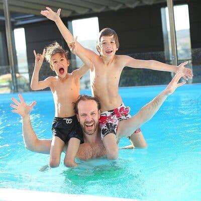 overnachten met prive zwembad in nederland